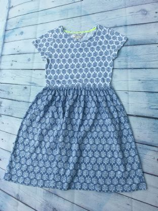 Johnnie B blue floral short sleeved dress age 9-10